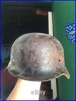 Antique WW2 German Troops Original M-35/40 Helmet