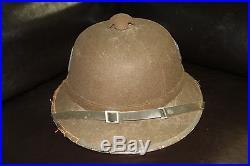 Original period WWII GERMAN 2ND PATTERN PITH HELMET VINTAGE