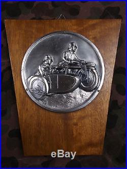 WW2 GERMAN COMMEMORATIVE PLAQUE SOLDIERS WithKRAD MOTORCYCLE HELMET MG42 RARE