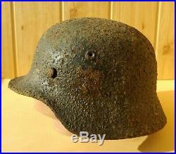 WW2 German Helmet M40 Stalhelm Paint and decal